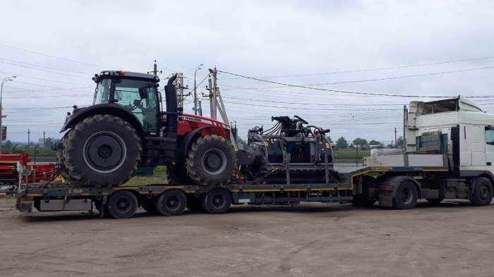 Что перевозили:  Перевозка сельскохозяйственной техники в Ленинградскую область